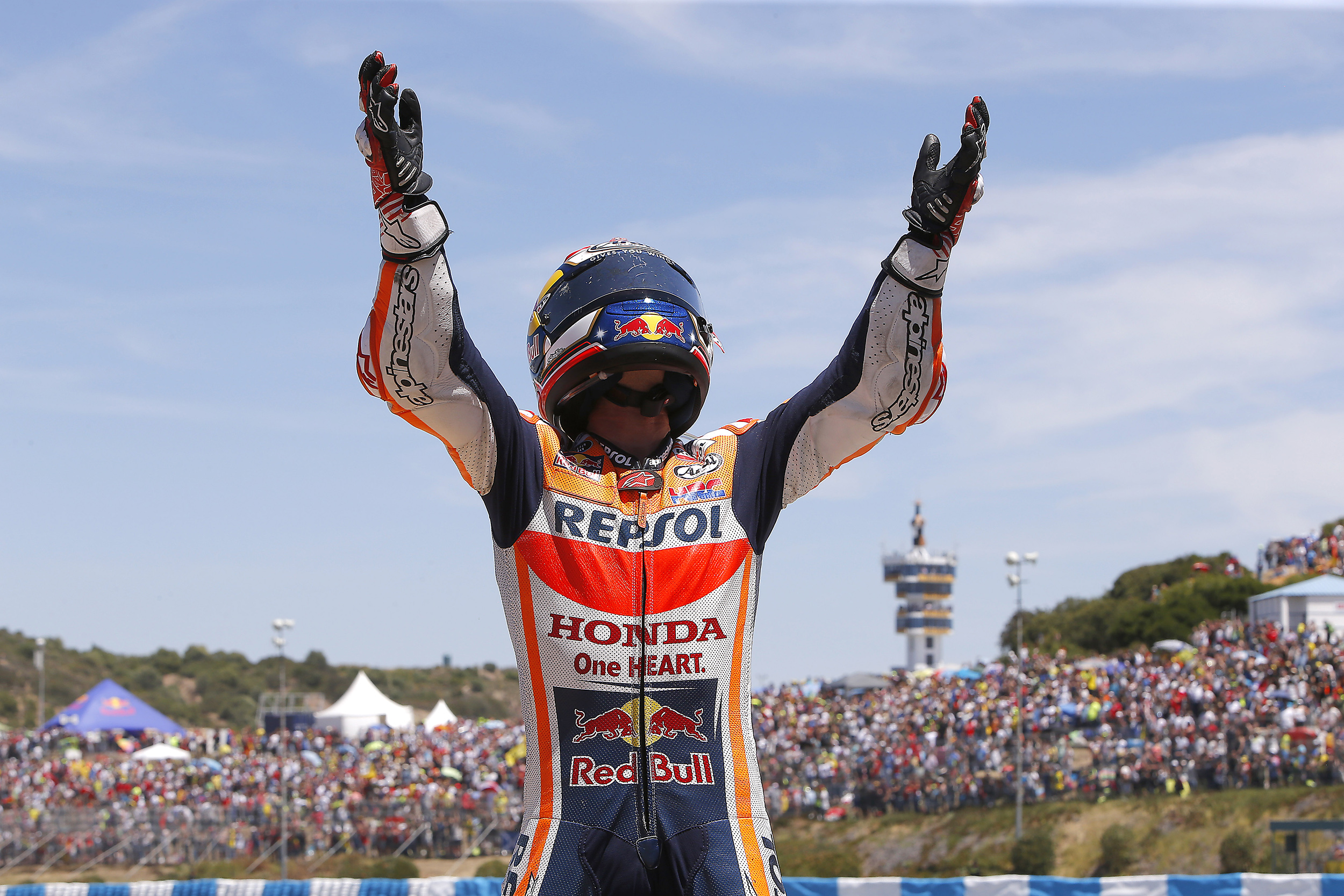 Dani Pedrosa breaks record for consecutive winning years